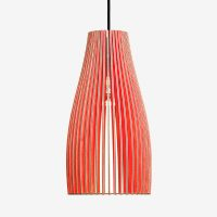 Haengelampen-aus-Holz-ENA-L-rot+-Textilkabel-schwarz