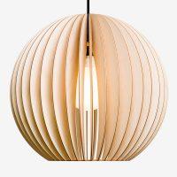Holz-Lampen-aus-Berlin-AION-XL-natur-Textilkabel schwarz